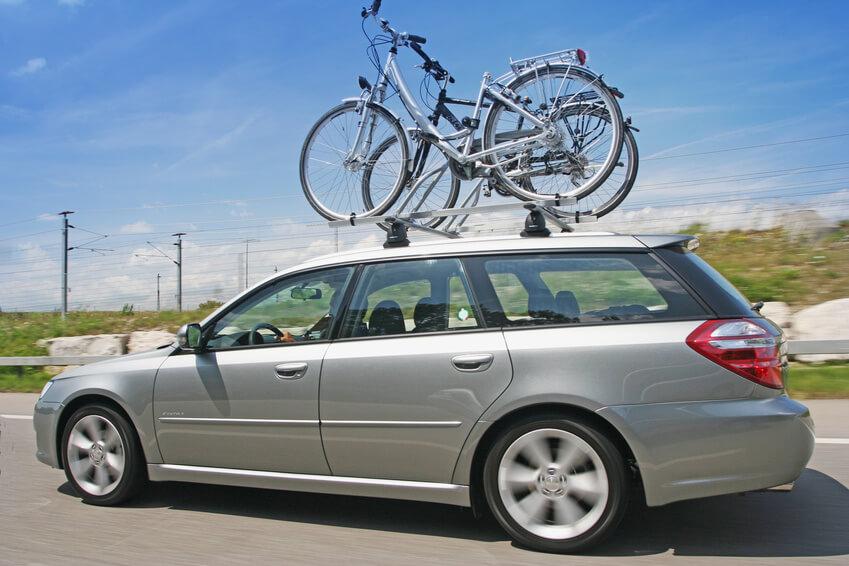 Fahrradträger als Dachträger (Bild: Julia Britvich - Fotolia.com)